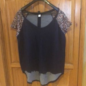Cute top from TORRID size 2 EUC.